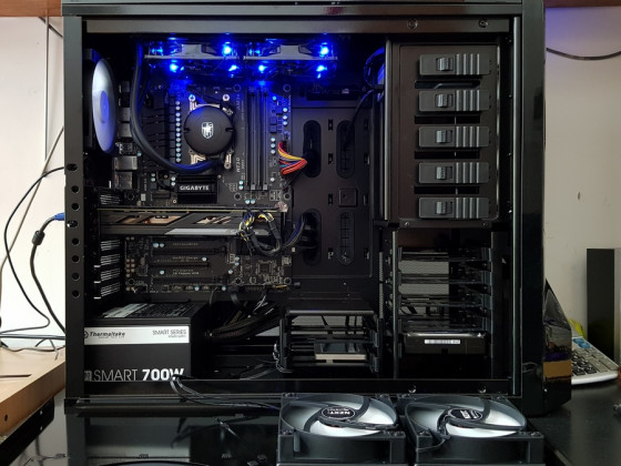 Gaming machine water cooled