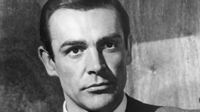 121005114236-sean-connery-as-james-bond-story-top.jpg